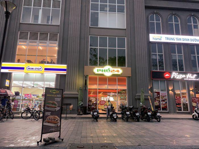 Siêu thị Mini Stop tại Sài Gòn Mia